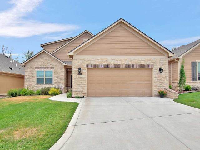 1243 S Siena Ct, Wichita, KS 67235 (MLS #587396) :: Kirk Short's Wichita Home Team