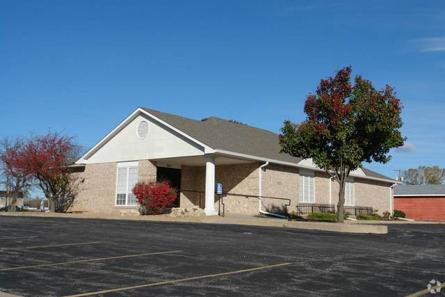 201 N Georgie, Derby, KS 67037 (MLS #587400) :: Kirk Short's Wichita Home Team