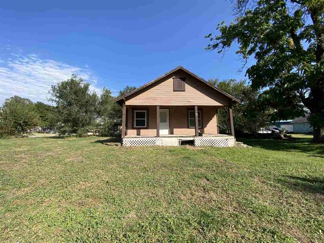 422 N 6, Arkansas City, KS 67005 (MLS #587410) :: Kirk Short's Wichita Home Team