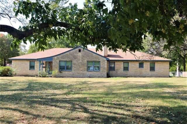 1469 N Perry Ave, Wichita, KS 67203 (MLS #587749) :: Jamey & Liz Blubaugh Realtors