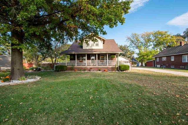 600 S Christian Ave, Moundridge, KS 67107 (MLS #588003) :: Graham Realtors