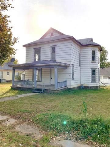 125 N 3rd St, Arkansas City, KS 67005 (MLS #588009) :: Kirk Short's Wichita Home Team