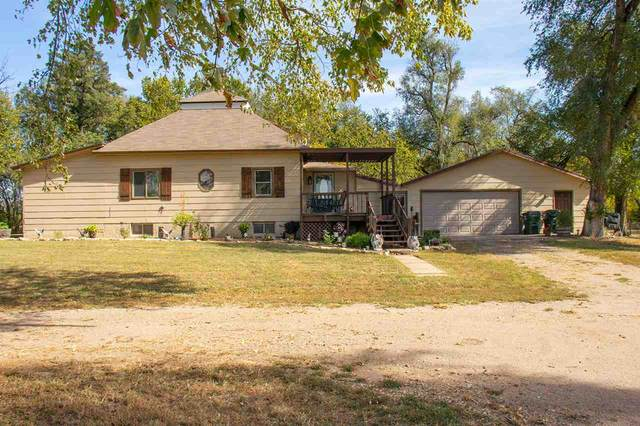 217 E Trail West, Hutchinson, KS 67501 (MLS #588039) :: Kirk Short's Wichita Home Team