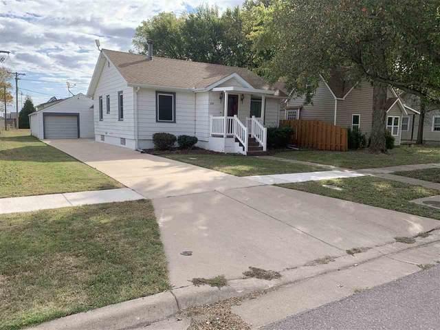 222 N Emporia St, Haven, KS 67543 (MLS #588079) :: Kirk Short's Wichita Home Team