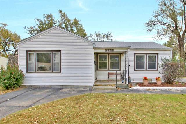 2838 S Walnut St, Wichita, KS 67217 (MLS #588200) :: Pinnacle Realty Group