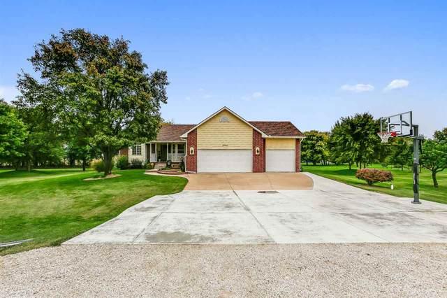8400 S Kansas Cir, Haysville, KS 67060 (MLS #588312) :: Graham Realtors