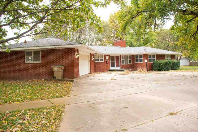 205 E 8TH ST, Halstead, KS 67056 (MLS #588344) :: On The Move