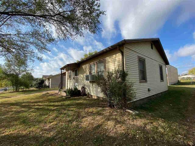 1311 N 9th St, Arkansas City, KS 67005 (MLS #588376) :: Preister and Partners | Keller Williams Hometown Partners