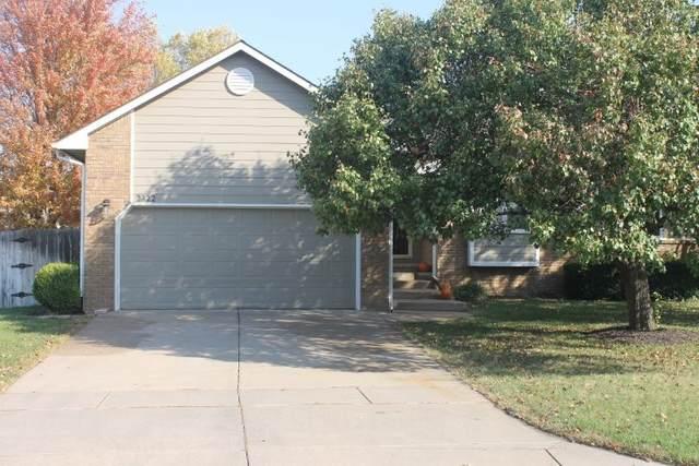 2322 N Crestline Ct, Wichita, KS 67205 (MLS #588378) :: Kirk Short's Wichita Home Team