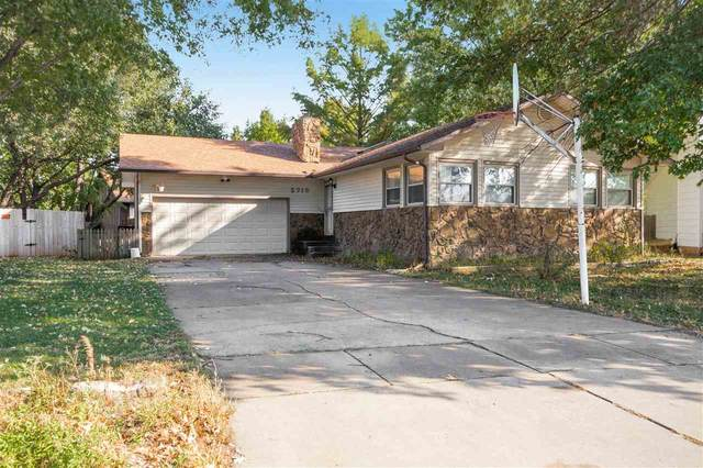 2715 Glacier Ct, Wichita, KS 67215 (MLS #588442) :: Kirk Short's Wichita Home Team