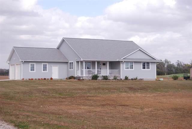 1102 E Hickory, Hesston, KS 67062 (MLS #588448) :: Preister and Partners | Keller Williams Hometown Partners