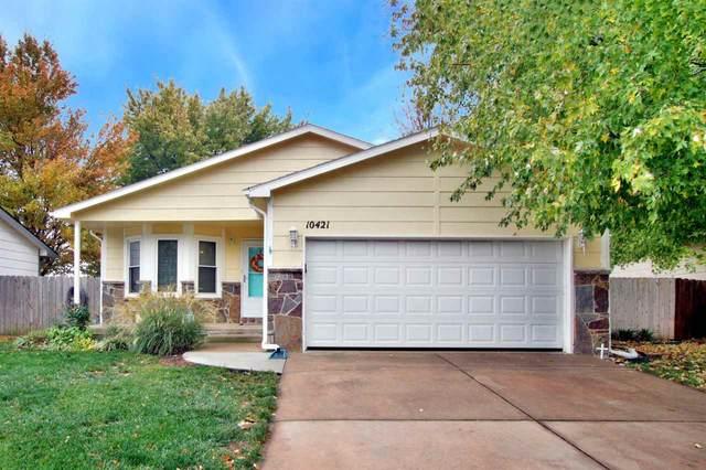 10421 W Dora Cir, Wichita, KS 67209 (MLS #588455) :: Kirk Short's Wichita Home Team