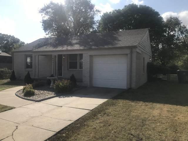 663 S Whittier Rd, Wichita, KS 67207 (MLS #588498) :: Kirk Short's Wichita Home Team