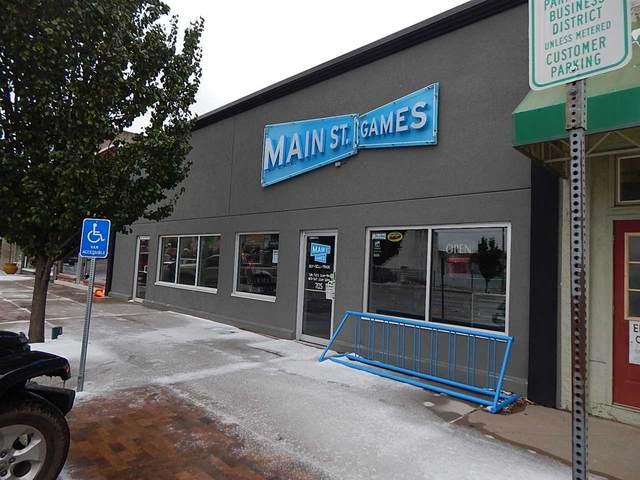 705-707 Main St, Winfield, KS 67156 (MLS #588521) :: Pinnacle Realty Group