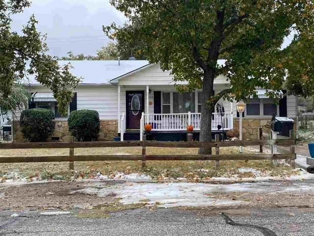 815 N 7th St, Arkansas City, KS 67005 (MLS #588536) :: Pinnacle Realty Group