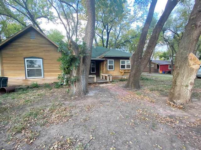 613 W 15th St, Harper, KS 67058 (MLS #588578) :: Kirk Short's Wichita Home Team