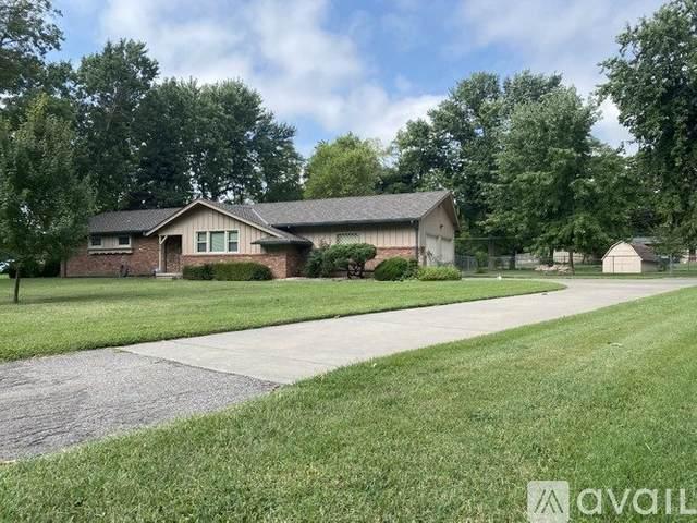 439 S Ralstin Rd, Wichita, KS 67209 (MLS #588630) :: Kirk Short's Wichita Home Team