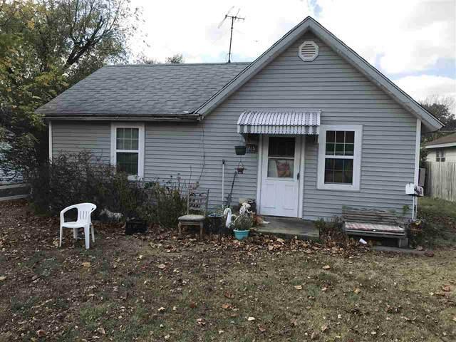 1715 S Fern, Wichita, KS 67213 (MLS #588828) :: Pinnacle Realty Group