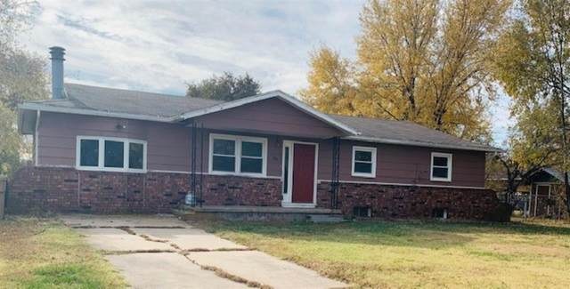 307 E 8TH ST, Halstead, KS 67056 (MLS #588837) :: Kirk Short's Wichita Home Team
