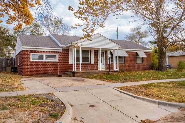 5132 Kensington St, Wichita, KS 67208 (MLS #588921) :: Pinnacle Realty Group