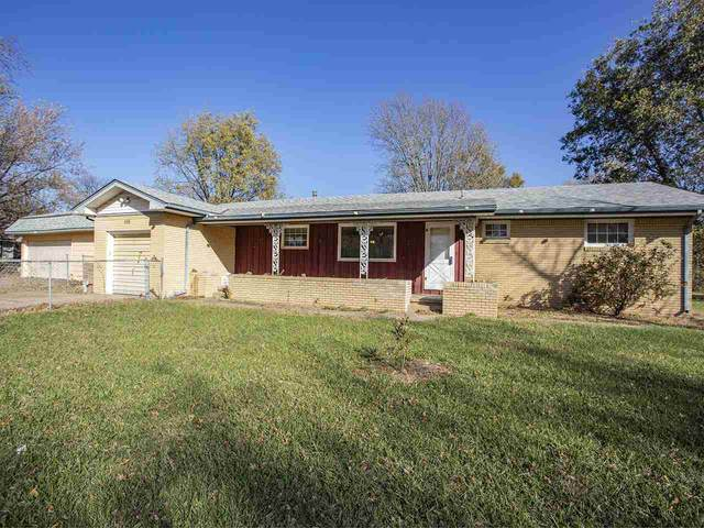 630 N Broadview Ln, Andover, KS 67002 (MLS #588979) :: Jamey & Liz Blubaugh Realtors