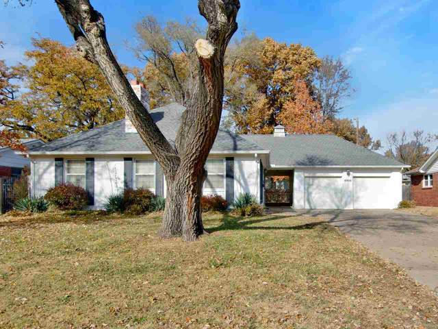8906 W Warren St, Wichita, KS 67212 (MLS #588986) :: Pinnacle Realty Group