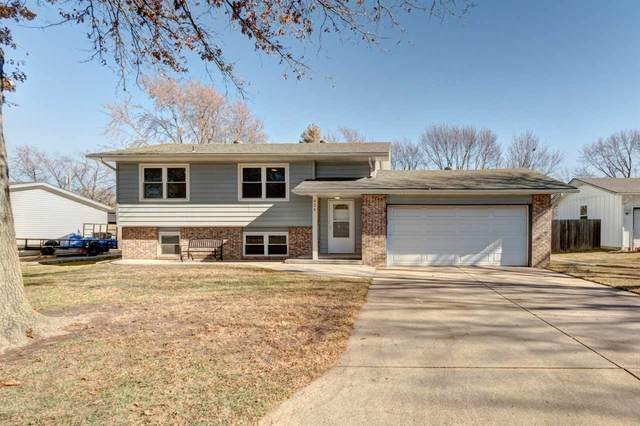 924 Cherry Hills Dr, Newton, KS 67114 (MLS #589241) :: Kirk Short's Wichita Home Team