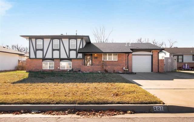 201 W 30th St S, Wichita, KS 67217 (MLS #589247) :: Pinnacle Realty Group