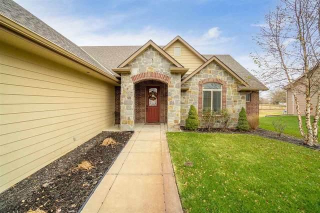 3205 S Bluelake Ct, Wichita, KS 67215 (MLS #589265) :: Jamey & Liz Blubaugh Realtors