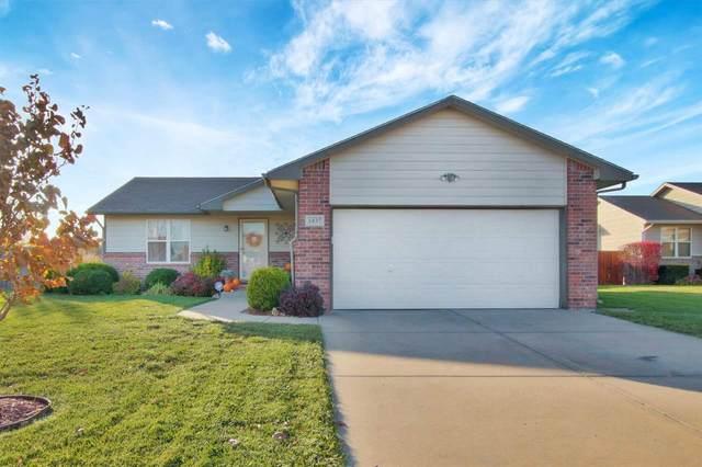 1837 N Honeysuckle Cir, Andover, KS 67002 (MLS #589360) :: Kirk Short's Wichita Home Team