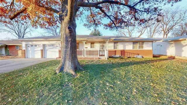 8202 W Bekemeyer St, Wichita, KS 67212 (MLS #589472) :: Jamey & Liz Blubaugh Realtors