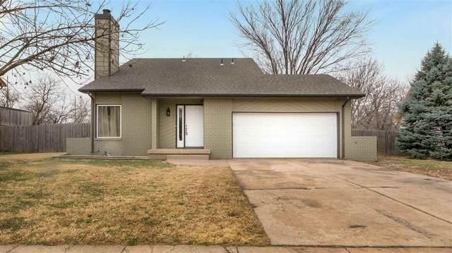 2333 S Capri Ln, Wichita, KS 67207 (MLS #589609) :: Jamey & Liz Blubaugh Realtors