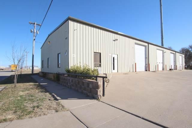 4425 W Walker St, Wichita, KS 67209 (MLS #589610) :: Kirk Short's Wichita Home Team