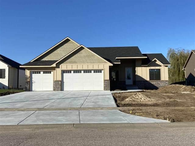 2802 W 58th St N, Wichita, KS 67204 (MLS #589744) :: Pinnacle Realty Group