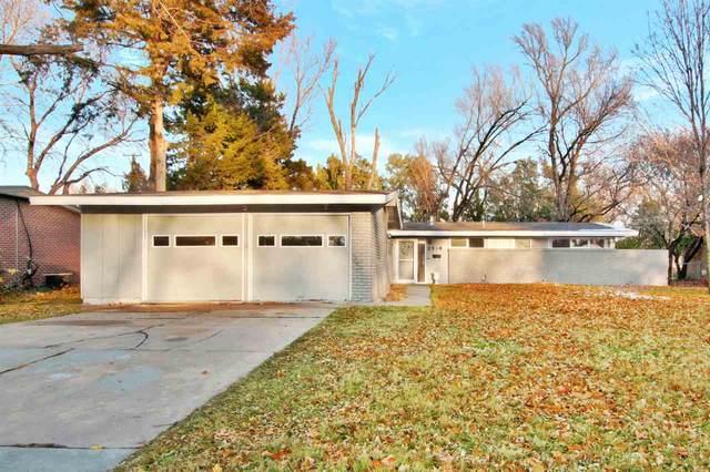 2538 N Coolidge Ave, Wichita, KS 67204 (MLS #589889) :: Jamey & Liz Blubaugh Realtors
