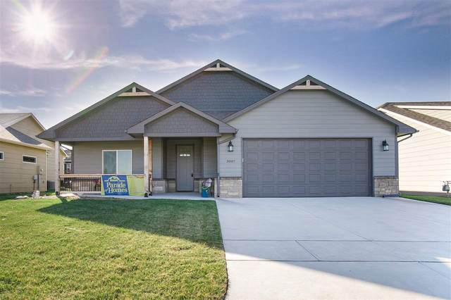 3007 N Susan, Mulvane, KS 67110 (MLS #589982) :: Kirk Short's Wichita Home Team