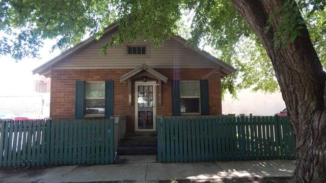 1014 Manning St, Winfield, KS 67156 (MLS #589992) :: On The Move