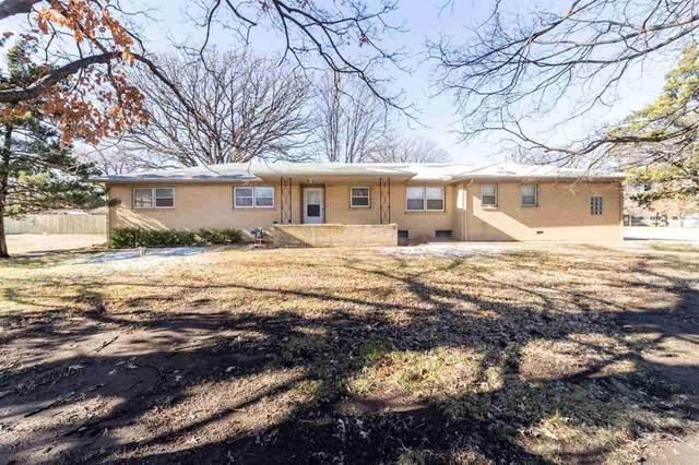 1337 S Maize Road, Wichita, KS 67209 (MLS #590201) :: Kirk Short's Wichita Home Team
