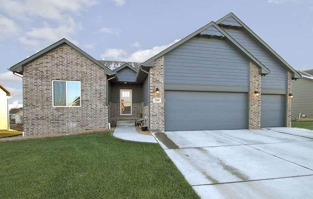 2201 E Birchwood Rd, Derby, KS 67037 (MLS #590208) :: Kirk Short's Wichita Home Team
