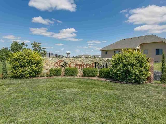5167 N Colonial Ave, Bel Aire, KS 67226 (MLS #591137) :: Keller Williams Hometown Partners
