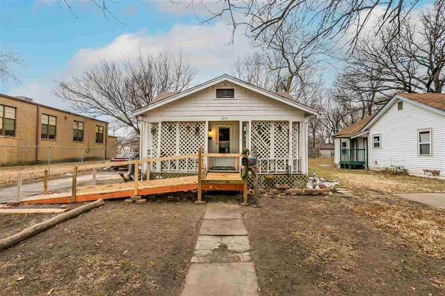 1235 N Indiana Ave, Wichita, KS 67214 (MLS #591202) :: On The Move