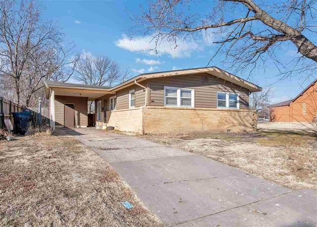 2803 S Glenn Ave, Wichita, KS 67217 (MLS #591346) :: Jamey & Liz Blubaugh Realtors