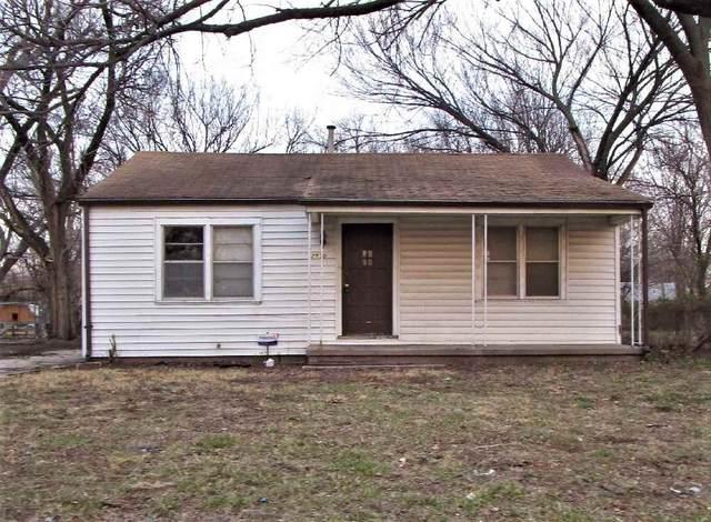 2530 N Minnesota, Wichita, KS 67219 (MLS #591348) :: Jamey & Liz Blubaugh Realtors