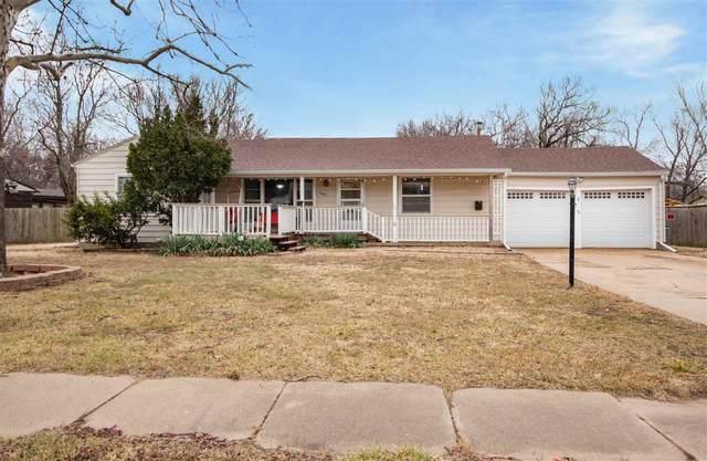 2405 E Glen Oaks Dr, Wichita, KS 67216 (MLS #591384) :: Graham Realtors