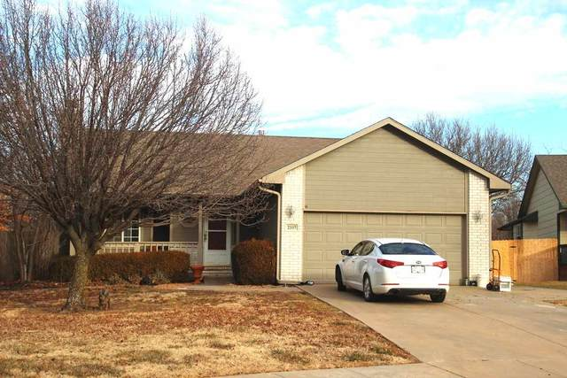 2337 N Duckcreek Ln, Derby, KS 67037 (MLS #591385) :: Kirk Short's Wichita Home Team