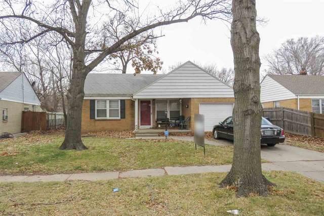 2025 S Pinecrest St, Wichita, KS 67218 (MLS #591417) :: Kirk Short's Wichita Home Team