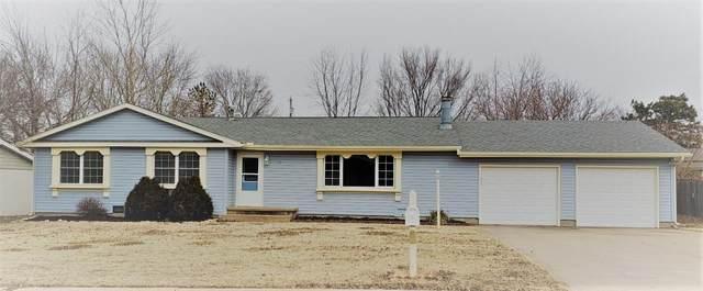 10 Deveron Rd, Winfield, KS 67156 (MLS #591439) :: Kirk Short's Wichita Home Team