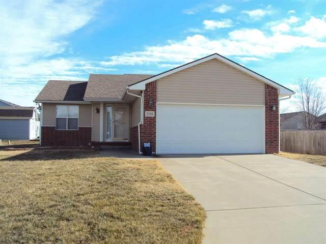 2116 Kingsley St, Newton, KS 67114 (MLS #591441) :: Kirk Short's Wichita Home Team