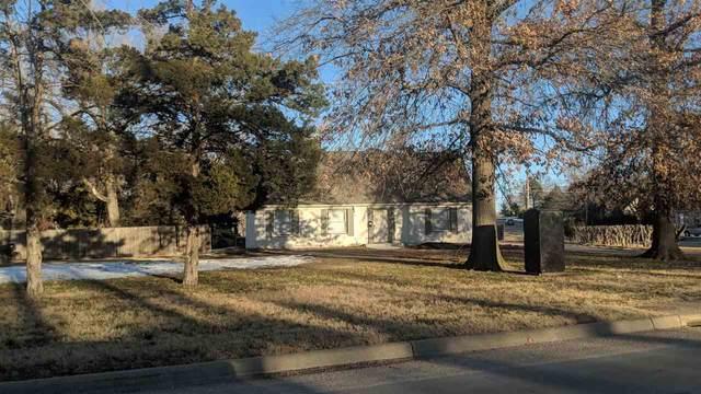 1950 George Washington Blvd, Wichita, KS 67218 (MLS #591449) :: Kirk Short's Wichita Home Team