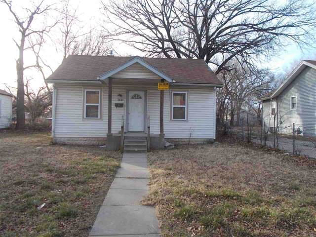 1237 N Indiana Ave, Wichita, KS 67214 (MLS #591483) :: Kirk Short's Wichita Home Team